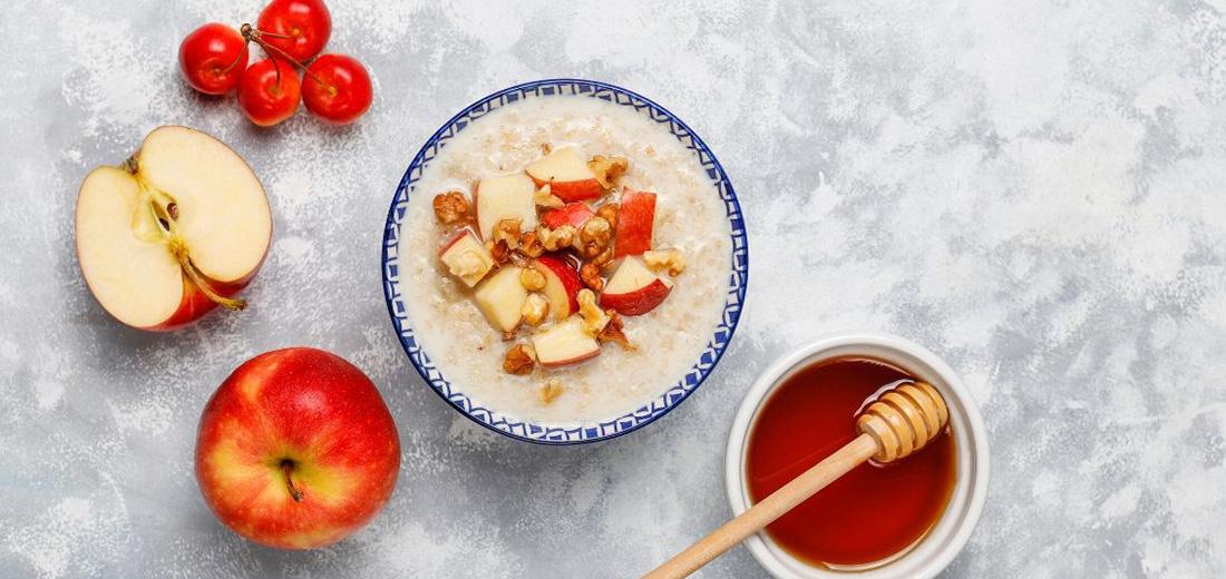 Apple Oatmeal Porridge
