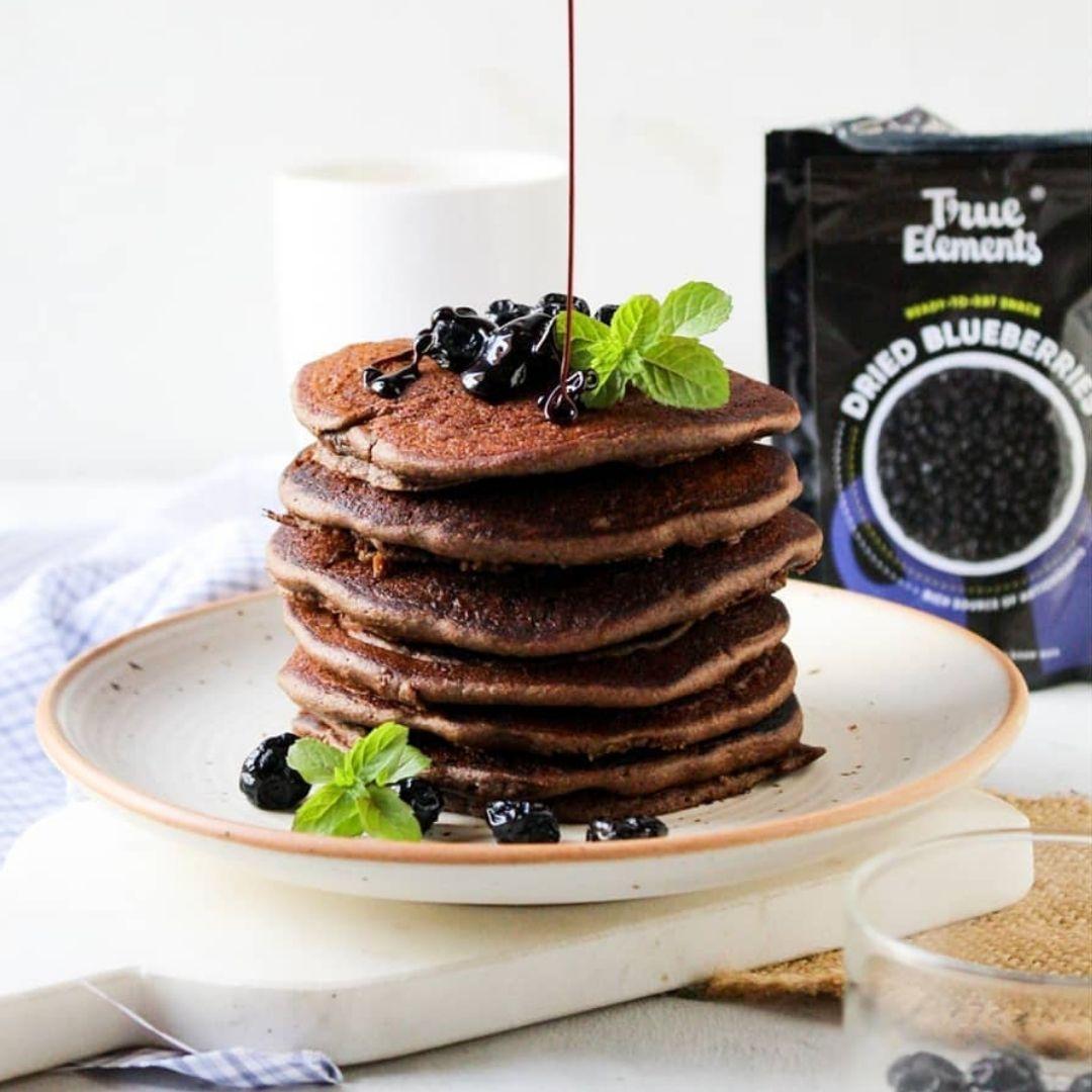 Ragi Blueberry Pancakes